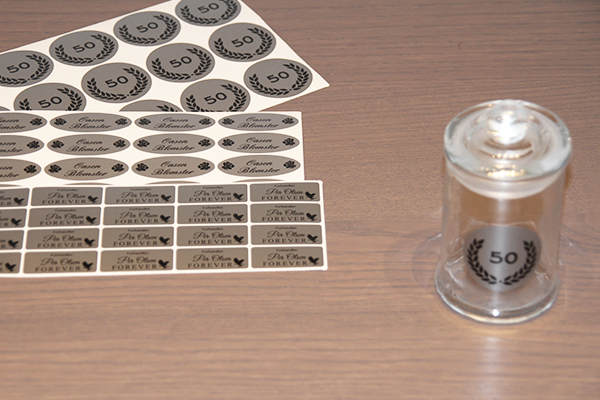 https://www.markmaster.com/en/labels/silver Silver Stickers from Markmaster